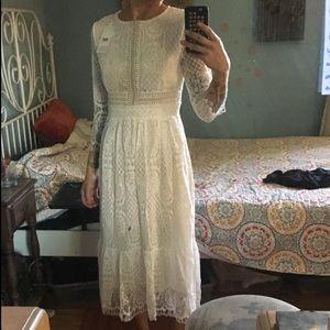 Dresses & Skirts - ❤️ Gorgeous White Lace Renaissance Midi
